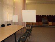 Аренда конференц-зала Медицинское объединение «Новая Больница» предлагает воспользоваться комфортабельным залом для проведения презентаций, пресс-конф, Екатеринбург - Коммерческая недвижимость