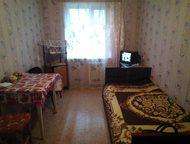 Продам комнату в г, Гатчине Продажа комнаты в Гатчине по ул. Урицкого д. 35  в 5-ти этажном панельном доме на 3-ем этаже.   Площадь комнаты - 11 м2 , , Гатчина - Комнаты