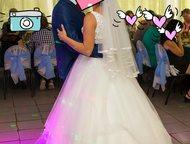 Продам очень красивое свадебное платье, В идеальном состоянии Продам очень красивое свадебное платье цвета айвори. размер 44-46. бу 1 раз. платье в ид, Ярославль - Свадебные платья