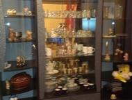 Стенка-горка Продам стенку, компактную, 220х170х70 в хорошем состоянии, стекла изогнутые, полки, ящики. Самовывоз., Кемерово - Мебель для гостиной