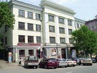 Сдаются в аренду офисные помещения от 11 кв, м Сдаются в аренду офисные помещения в административном здании.   1 этаж 10. 8 кв. м оборудован под оруже, Хабаровск - Коммерческая недвижимость