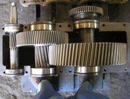 Ульяновск: редуктора , электродвигатели с хранения Продаём с хранения редуктора , мотор – редуктора ,   электродвигатели и т. п. ,   на фото редуктор РМ – 500 –