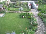 Продам дом в г, Ялта пгт, Никита ул, Оранжерейная, Продам дом в г. Ялта пгт. Никита ул. Оранжерейная. 3/3 эт 600/500/- Великолепный дом с красивым сад, Ялта - Купить дом