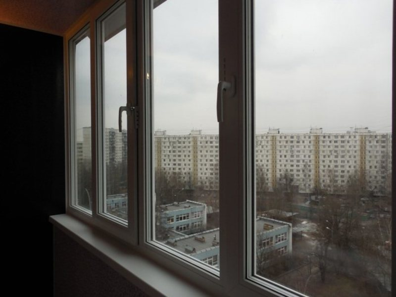 Остекление балкона (лоджии) в серии п-44, цены под ключ и фо.