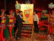 Ростов-На-Дону: Танцующий художник в Ростове Хотите увидеть великолепное сочетание танца и рисование на холсте , Galitsyna Art Group предлагает Вам шоу -программу, ко